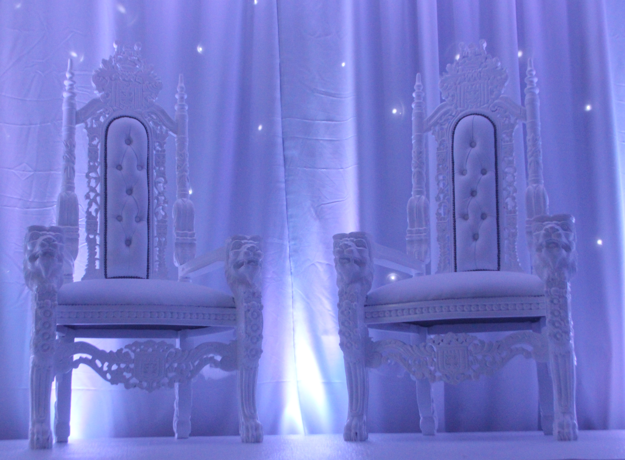 Prom throne chairs
